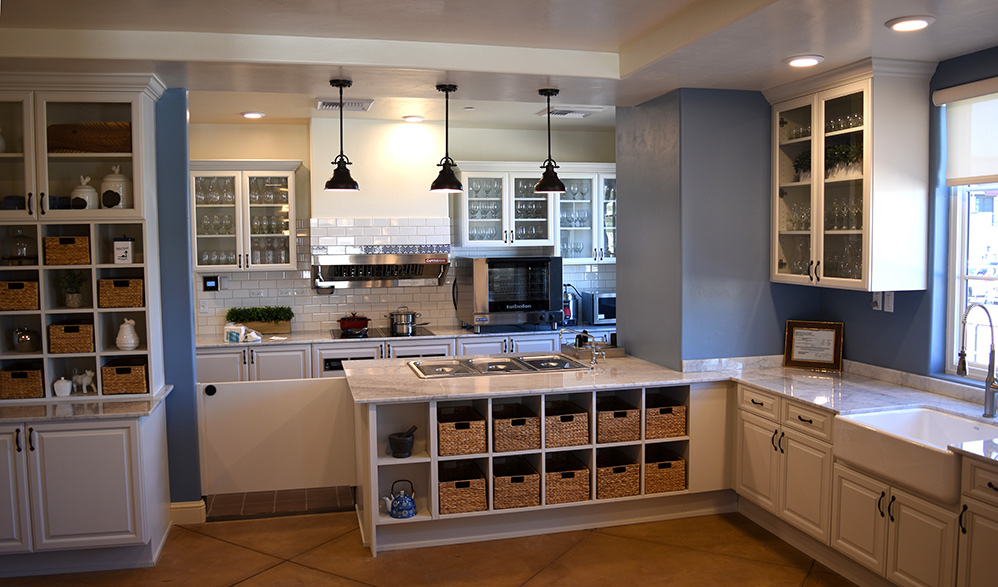 Hacienda at the River, Tucson - Interior by S&R Cabinetry